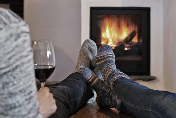 Holzlebn romantic fire place